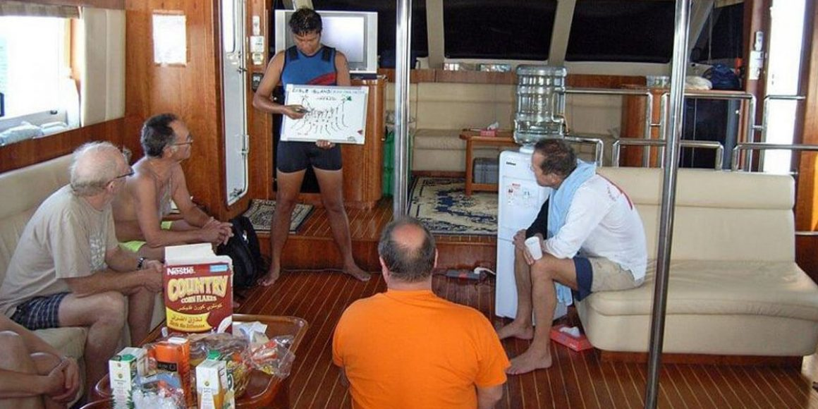 Top Dive Magazin Tauchsafari Saudi Arabien